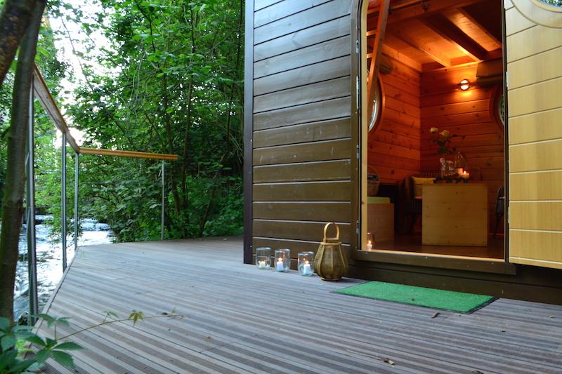 terrasse-du-carré-d-étoiles-avec-bain-nordique-de-l-omignon
