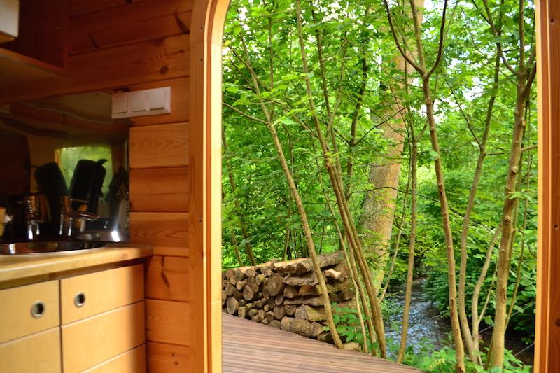 vue-de-la-riviere-depuis-la-cabane