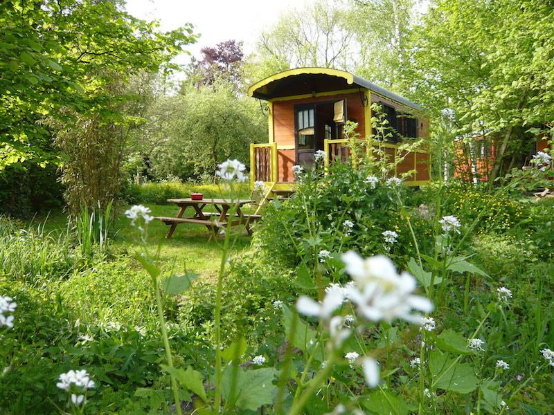 gypsy-caravan-holiday-maison-omignon