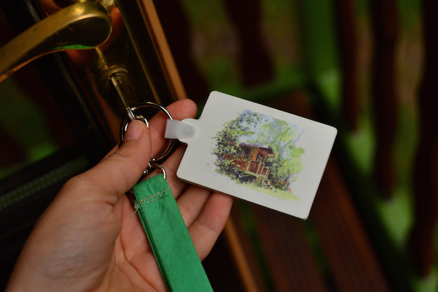 keys-of-paradize-gypsy-caravan-bohemian-holiday-maison-omignon